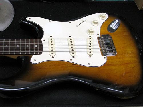 エレキギター修理 セレクタースイッチ交換 Mavis ストラトタイプ 1